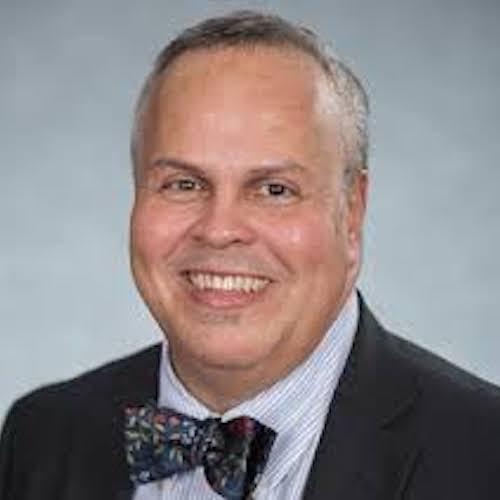Dr. Eddie De León, CMF